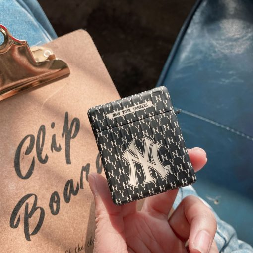 New York Yankees 'Modular' AirPods Case Shock Proof Cover
